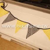 北歐三角格紋黑黃三角旗[T6]